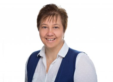Sue Sykes, Mortgage Administrator Lonsdale Mortgages, St Albans